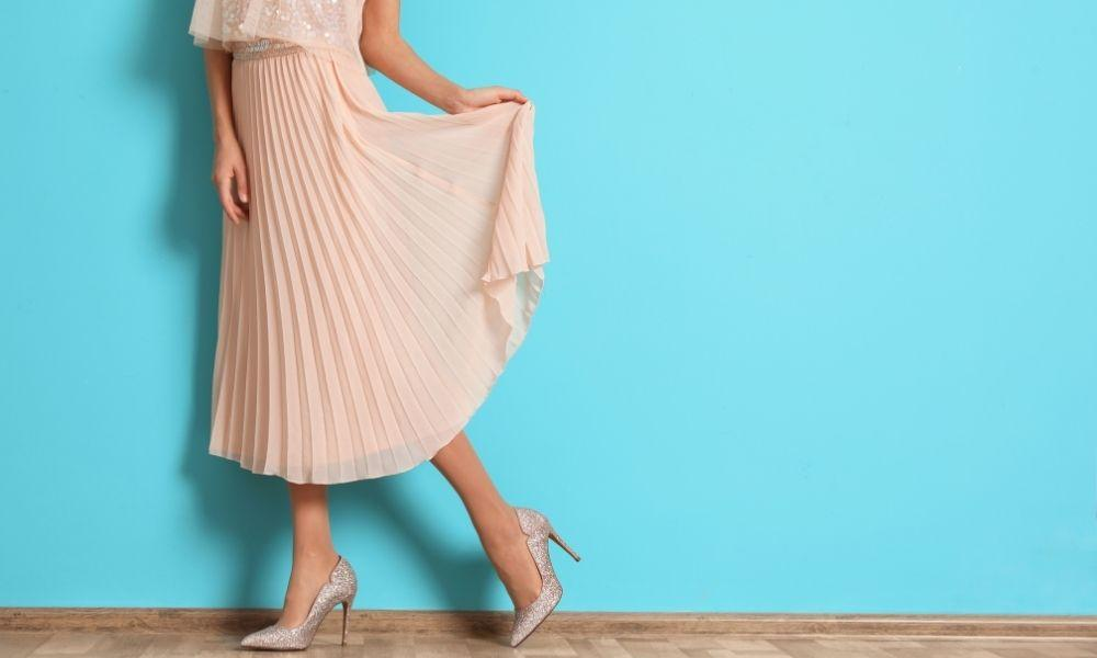 Ways to Casually Style a Skirt While Looking Chic
