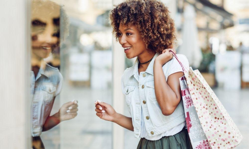 Designer Tips: How To Be Fashionable on a Budget